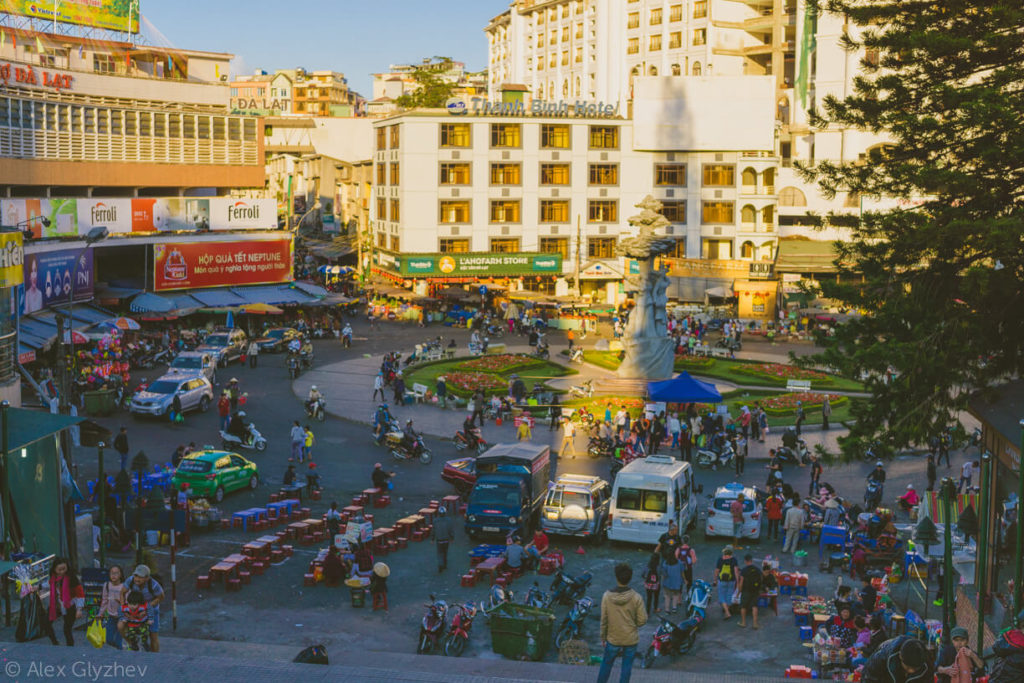 35. The area in front of the market.